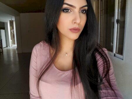 Femme d'origine arabe cherche un libertin sur le 94