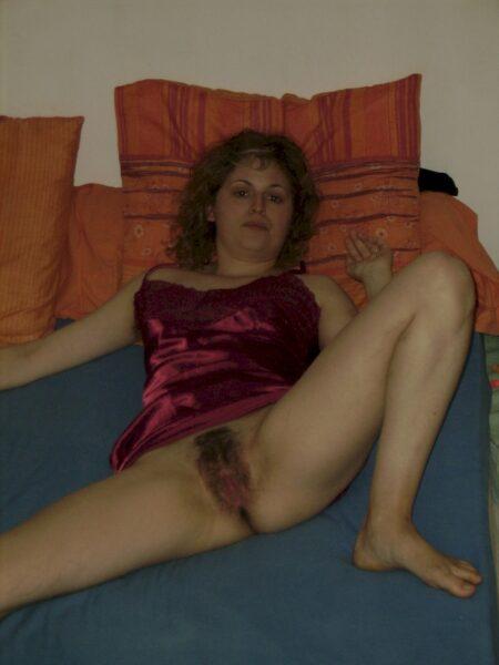 Petite coquine recherche son coquin pour un plan sexe sur Rennes